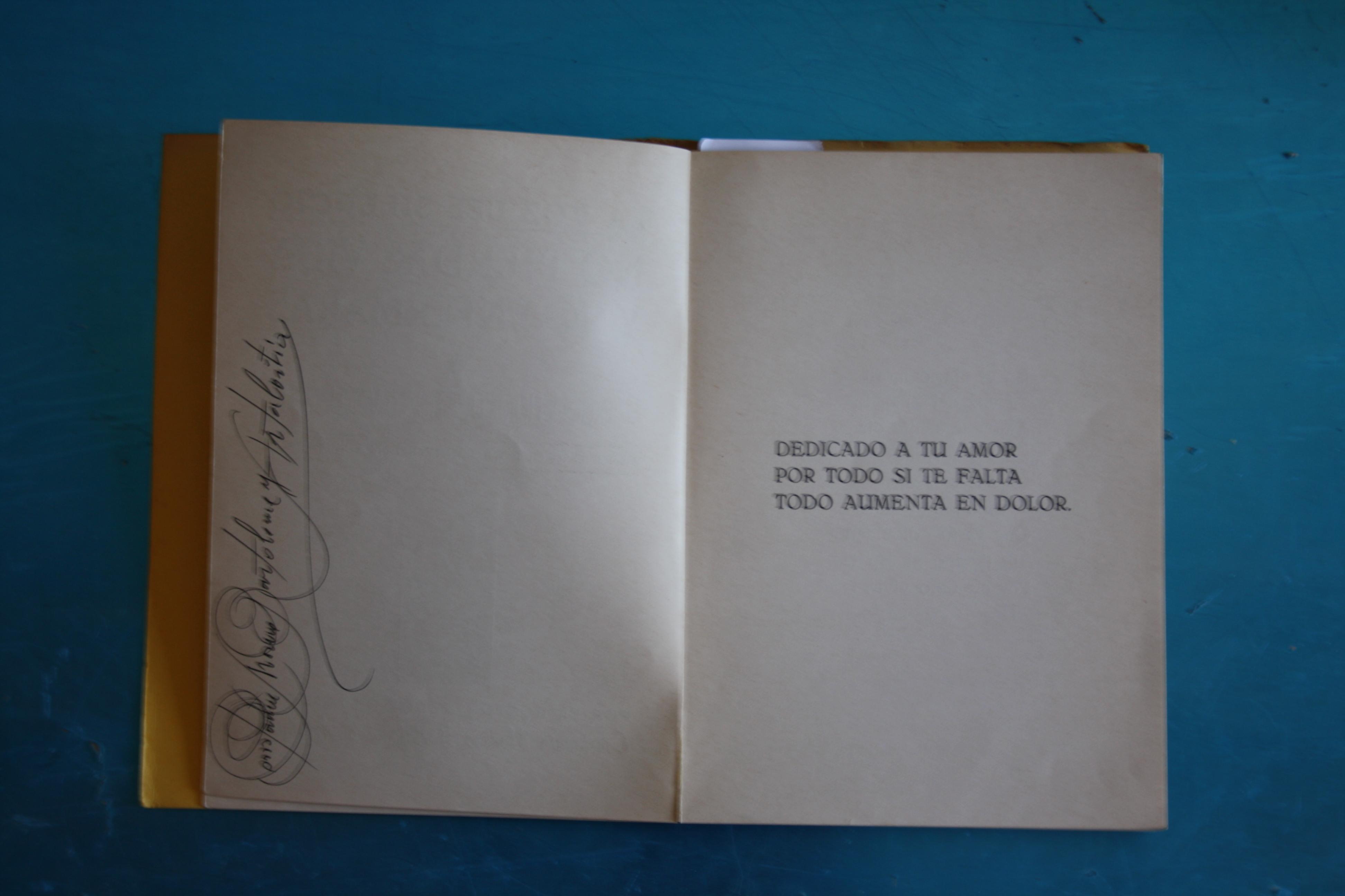 Libro de homeopatía firmado por don Constancio